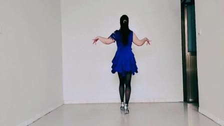 伤感情歌广场舞《唱着情歌流着泪》时尚唯美恰恰风