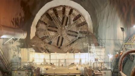 这么大个盾构机!是怎么钻到地里的?