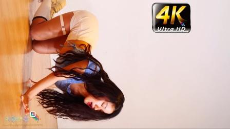 《春光娱乐》4K 模特热舞,蓝色T恤,白紧身短裤