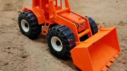 铲车压路机和翻斗车工作