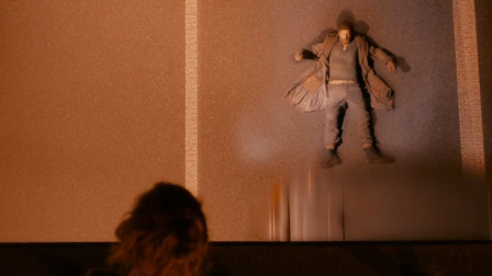 乞丐说自己是超能力者,当场跳下桥被卡车压死,第二天竟又复活