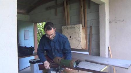 最早期的手动拉栓步枪,一次只能加一发弹药,看看1分钟能开几枪