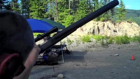 安装消音器的小口径微声步枪射击测试,声音这么小连耳麦都省了!