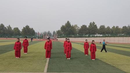 济南市莱芜区老干部运动会老干活动中心代表队(42式太极拳)
