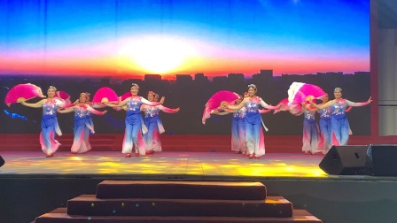 三河市2020年民星大舞台文艺演出 中国龙艺术团迎宾舞蹈队表演~领航新时代