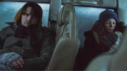 夫妻驾车被埋冰雪下24天,极度严寒下,车内发生了匪夷所思的事