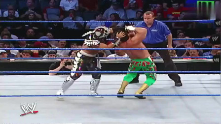 WWE:道夫真是爱车狂魔,宁愿自己受伤,也舍不得爱车受丁点擦伤