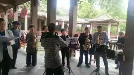 红歌艺术团唱红歌