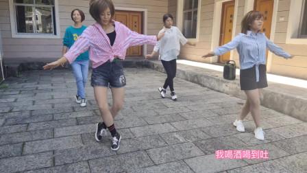 4位美女跳经典鬼步舞《情缘》,舞步飘逸像仙女漫步,太美了!