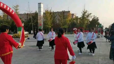 大石桥军民社区金桥军鼓队
