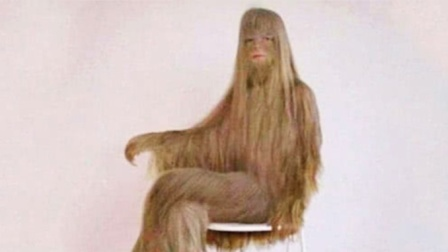 全球体毛最长的女人,不穿衣服就能出门,剃光后惊艳众人!