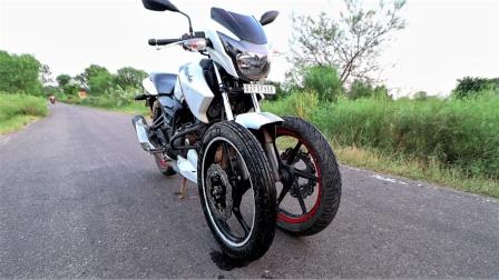 小哥改造摩托车前轮,网友:这还是三轮车吗?