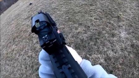 无托结构突击步枪,户外靶场射击测试,可靠性极高
