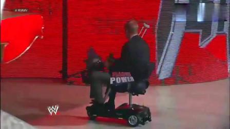 WWE:经理为报轮椅之仇,派天灾之主对付塞纳,一场精彩激烈的大战即将上演