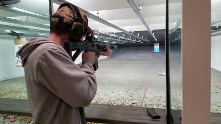 配备消音器的ACR突击步枪,室内靶场射击评测