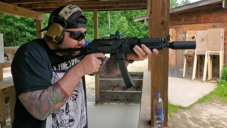配备消音器的KR9短管步枪,弹匣压弹靶场射击评测