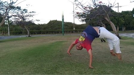 巴西战舞Capoeira 单人Flow健身动作套路(Helicóptero - Tesourado - Macaco mola - Gato)