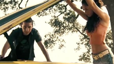 有大黄蜂这个神助攻,看汤姆是怎么拿下梅卡拉的