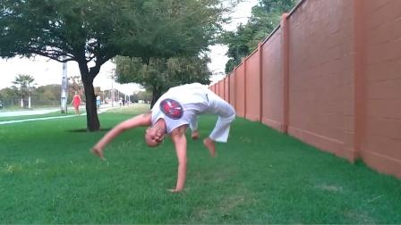 巴西战舞Capoeira 单人Flow健身动作套路(Meia-lua Quebrando - Macaco 360 - Giro com ponte)