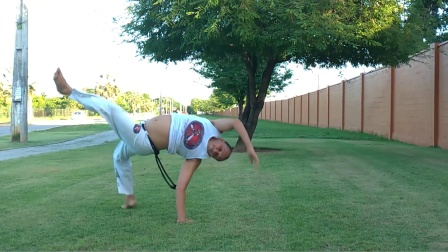 巴西战舞Capoeira 单人Flow健身动作套路(Chapéu de couro - Aú invertido - Meia-lua de coluna)