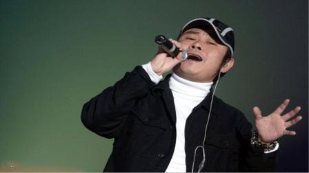 那英刀郎唱功比拼,同唱《我的祖国》,谁更加有韵味及实力呢?