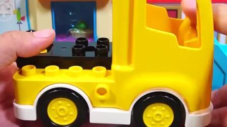 乐高汽车积木玩具