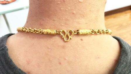 戴黄金项链时,要注意这一点,别再戴错了,好多人还不清楚,学学