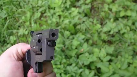 4毫米口径的转轮手枪射击实测,小看它的威力你就错了!