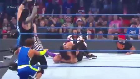 WWE精彩回顾:雷恩斯被卡宾羞辱,他一声怒吼开始疯狂报复!