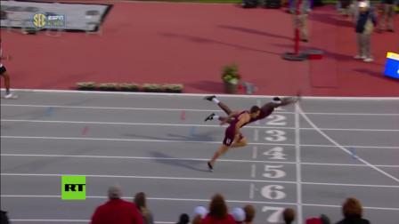 搞笑视频:110米栏还可以这样跑,刘翔你失败了