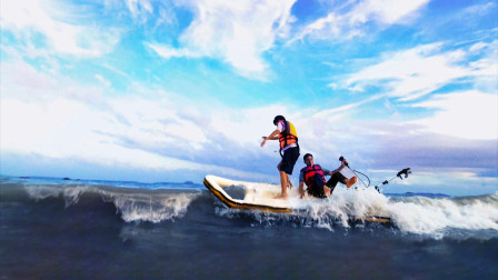 挑战用水管造船出海比赛!发动机进水了