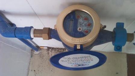 每月水费翻倍交?找到一根绳子,很简单省下百立升水,方法真厉害