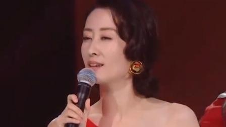 """刘敏涛唱《红色高跟鞋》表情逐渐失控 喊话""""没喝醉"""""""