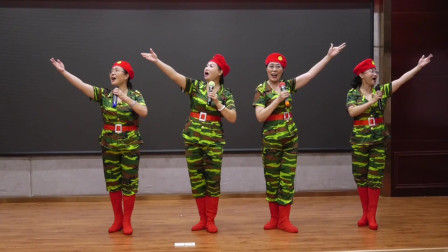 颂歌献祖国——《女兵走在大街上》 演唱:韩冬等