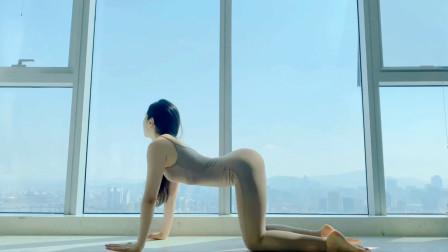 青岛_瑜伽SANG-万怡, 早上,向着太阳,起舞