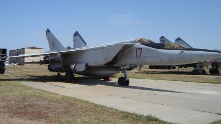 不得不令美国人佩服,苏联当年用了啥办法?让战机跑得比导弹还快