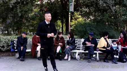 西苑公园胡红报戏剧平台节目 豫剧《三哭殿》选段,洛阳郑小兵演唱