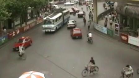 来看看1993年的上海人民广场,还是你记忆中的样子吗?