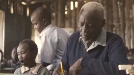 根据真实事件改编,老人84岁才开始上学,成一年级学霸