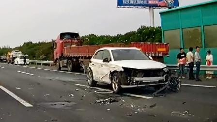 交通事故合集:新手起步不观察路况,让人防不胜防