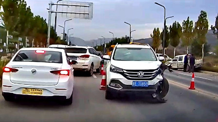 交通事故合集:斑马线前超速行驶,遇见状况来得及反应么?