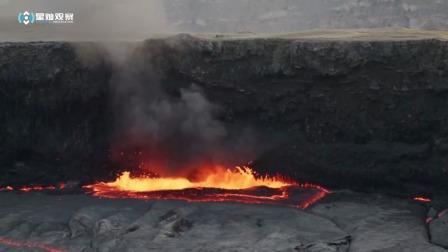 国外男子作死实,将一汽油罐扔进火山,结果发生意外