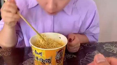 童年趣事:心机很重,知道我不爱吃?