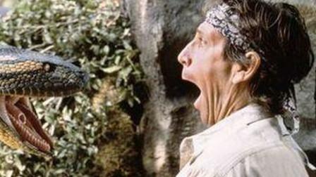 几分钟看完美国冒险电影《巨蟒之灾》人蛇大战的故事