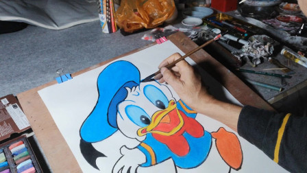 画一只可爱的唐老鸭