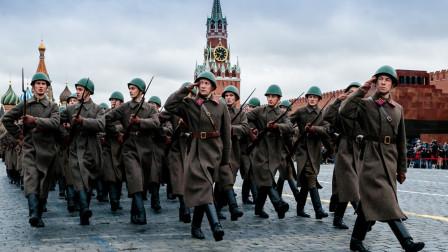 """一场""""战争""""无法避免?俄罗斯专家警告空前,西方国家已蠢蠢欲动"""