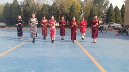 乾城社区舞蹈队旗袍秀《江南情》