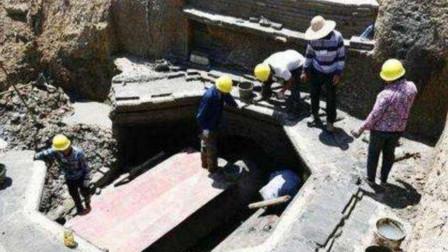 """江苏挖出河底隐藏墓,6天抽干河水后,发现墓主人叫""""李云龙"""""""