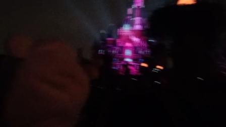 上海迪士尼灯光烟火秀