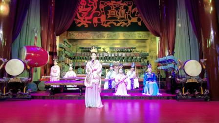 疫情后的武汉旅行,景区免费,楚天台上编钟演奏的《将军令》